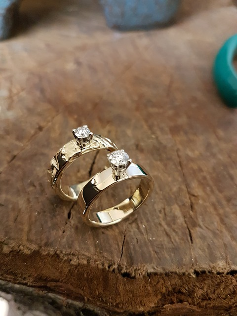 Designed diamond rings